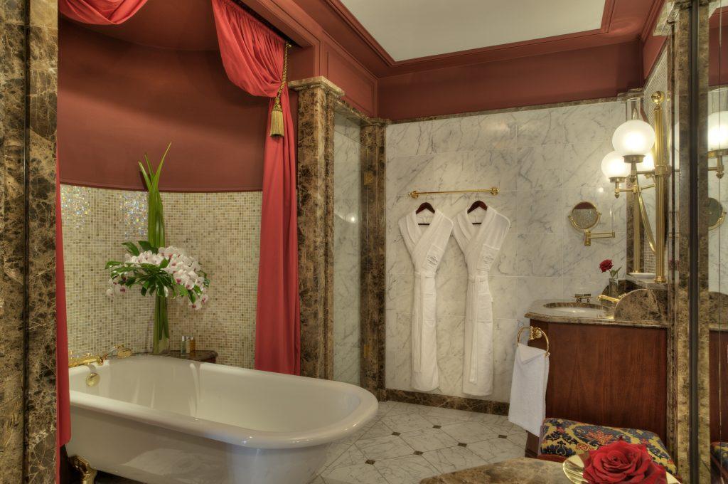 Meilleur hôtel région Grand Hôtel Bordeaux