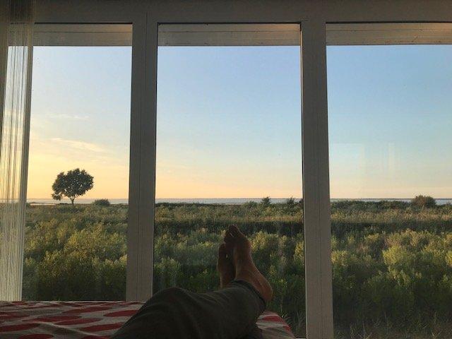 La vue depuis une chambre de l'auberge Le Pilotis