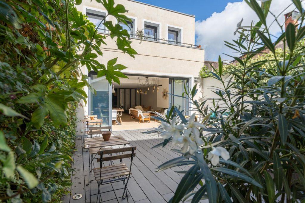 La terrasse de la Maison Odeia